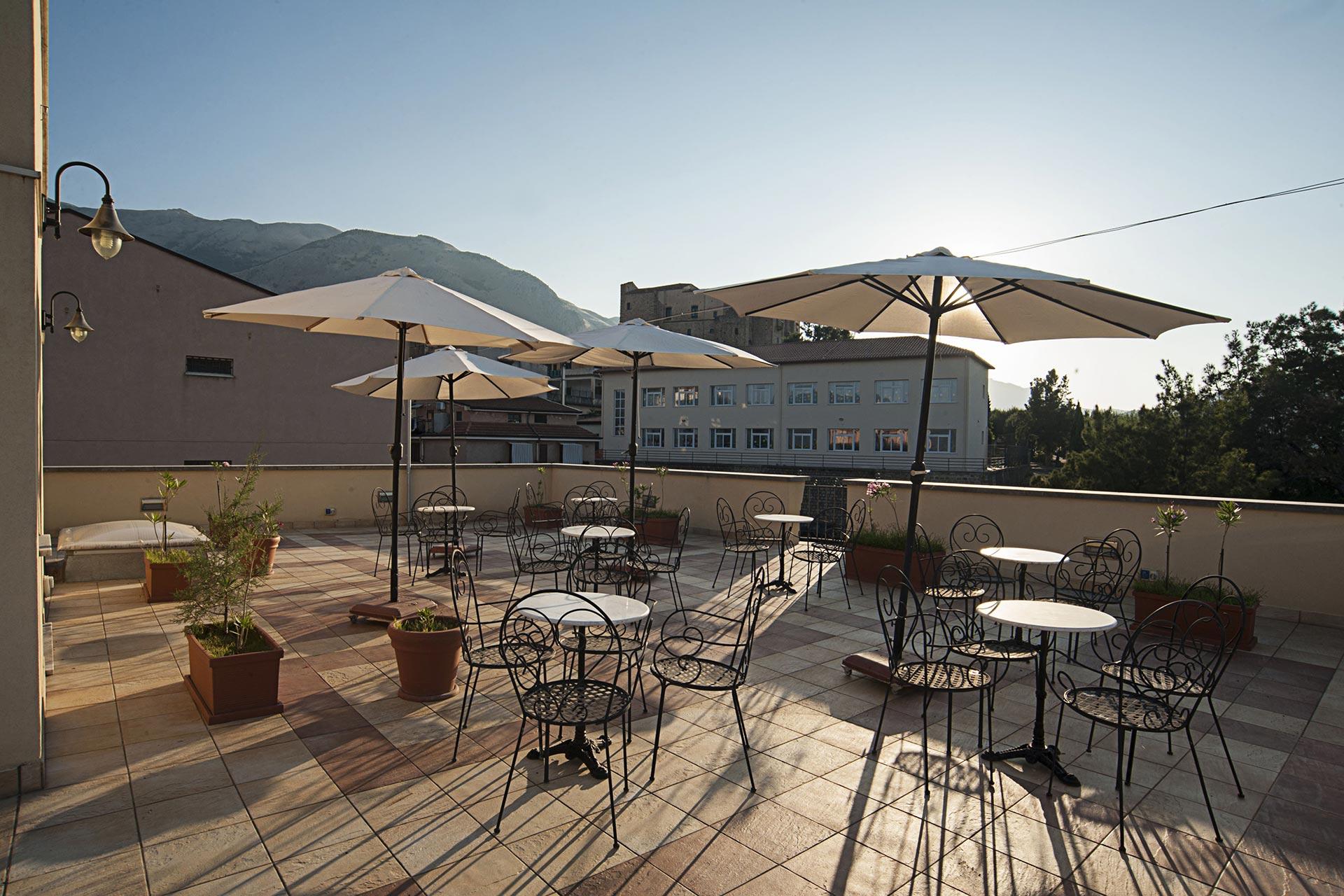 Beautiful Clinica Le Terrazze Photos - House Design Ideas 2018 ...